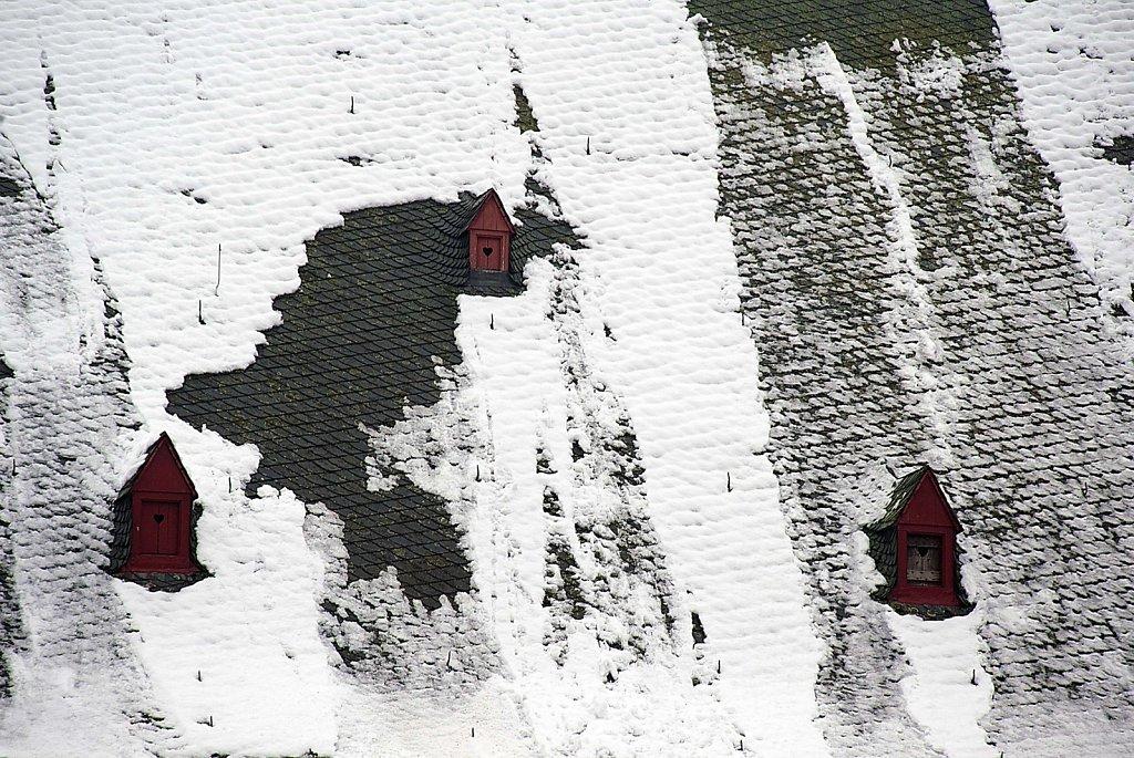 Dach der Stiftskirche im Schnee, 31.12.2014